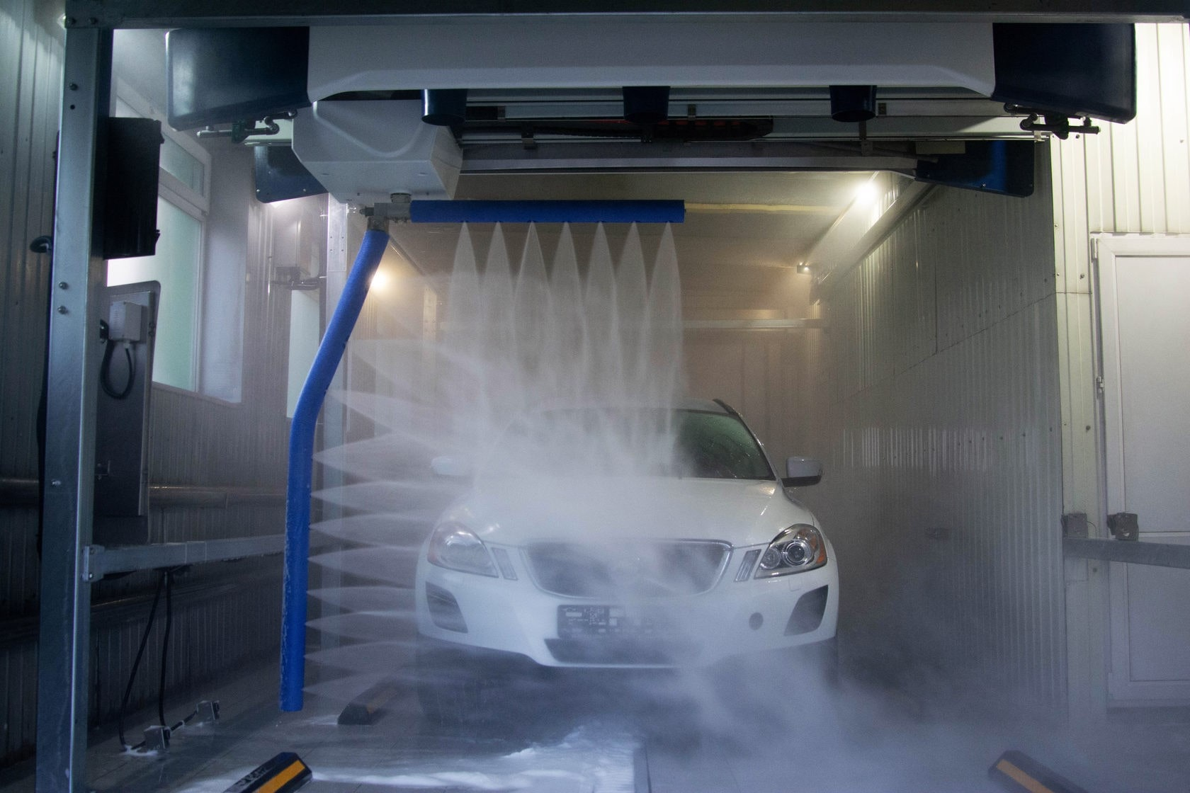 вредна ли бесконтактная мойка для авто, как мыть машину на мойке самообслуживания: инструкция