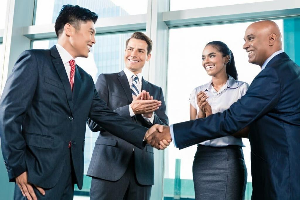 Как происходит покупка квартиры через агентство, Покупка квартиры через агентство плюсы и минусы, как работают агентства недвижимости при покупке квартиры